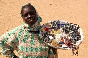 Smyckesförsäljare i Mali.